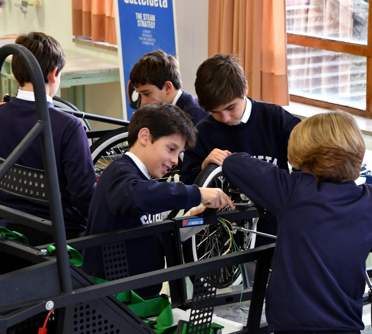 Gaztelueta incorpora este curso el proyecto Greenpower